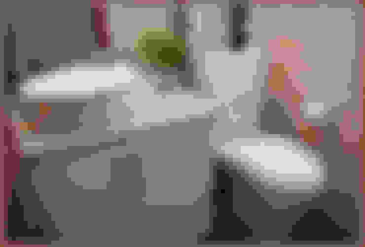 Bathroom by Diseñadora Lucia Casanova