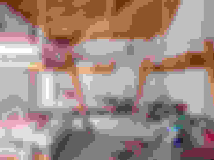 Nursery/kid's room by SA&V - SAARANHA&VASCONCELOS