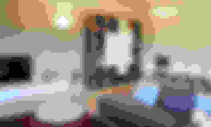Salas / recibidores de estilo  por SuMisura