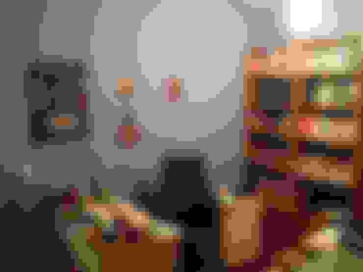 Antes: Gabinete  por Studio 15 Arquitetura