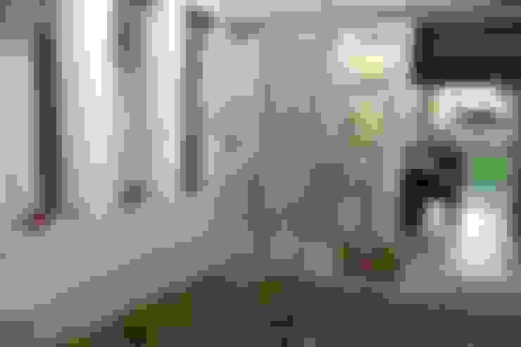 CASA A PATIO : Jardines de estilo  por epb arquitectura