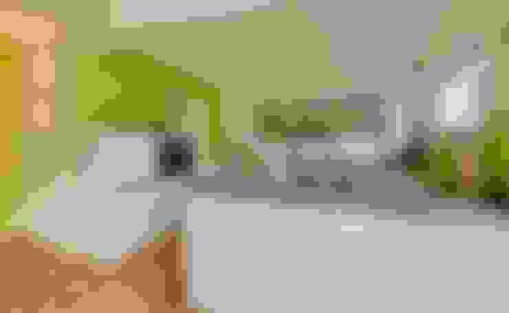 Kitchen by Licht-Design Skapetze GmbH & Co. KG