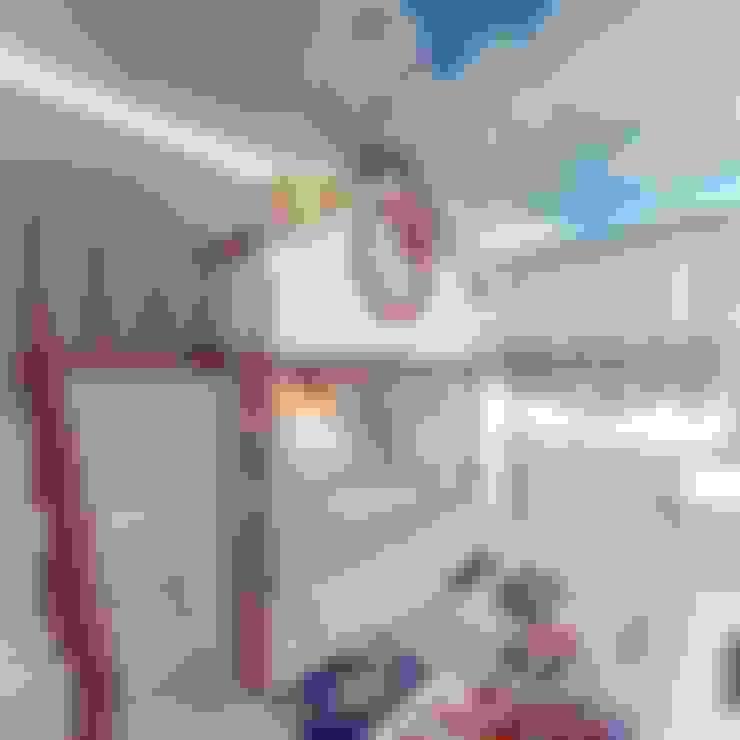 ДИЗАЙН ДЕТСКОЙ КОМНАТЫ ДЛЯ МАЛЬЧИКА: Детские комнаты в . Автор – Студия дизайна интерьера Руслана и Марии Грин
