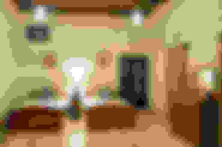 Phòng ngủ by Studio Ezube