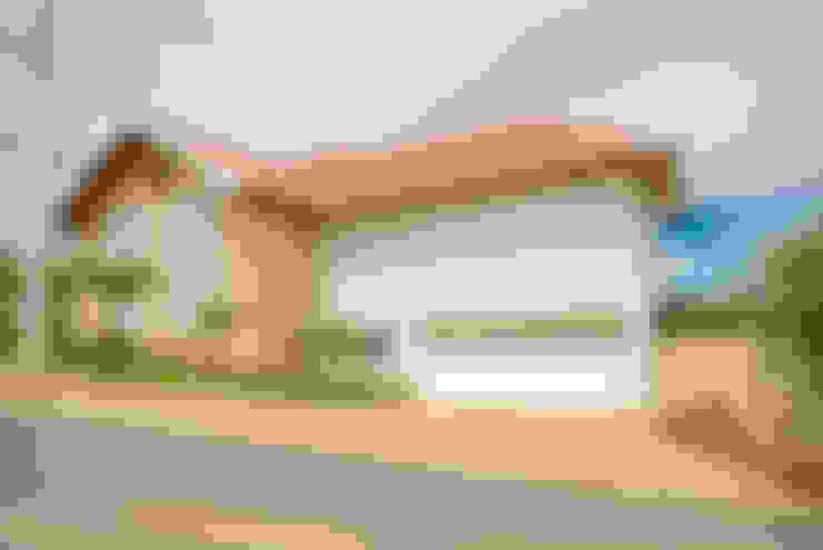บ้านและที่อยู่อาศัย by Lozí - Projeto e Obra