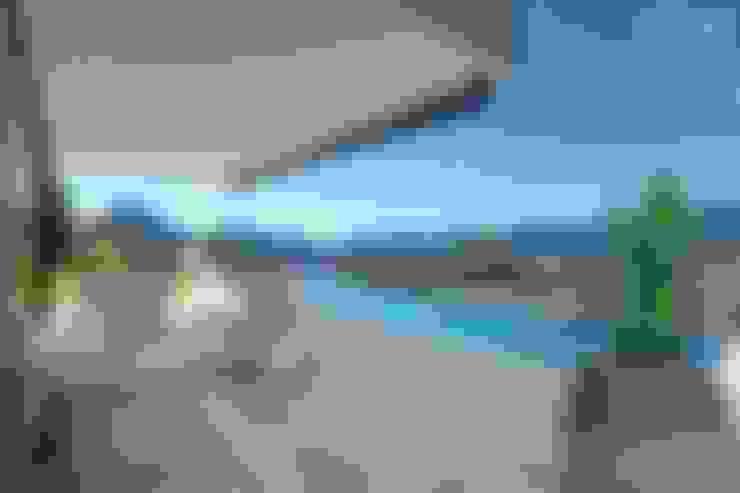 Balconies, verandas & terraces  by Inkout srl