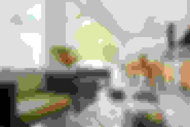 Living room by Silvana Lara Nogueira