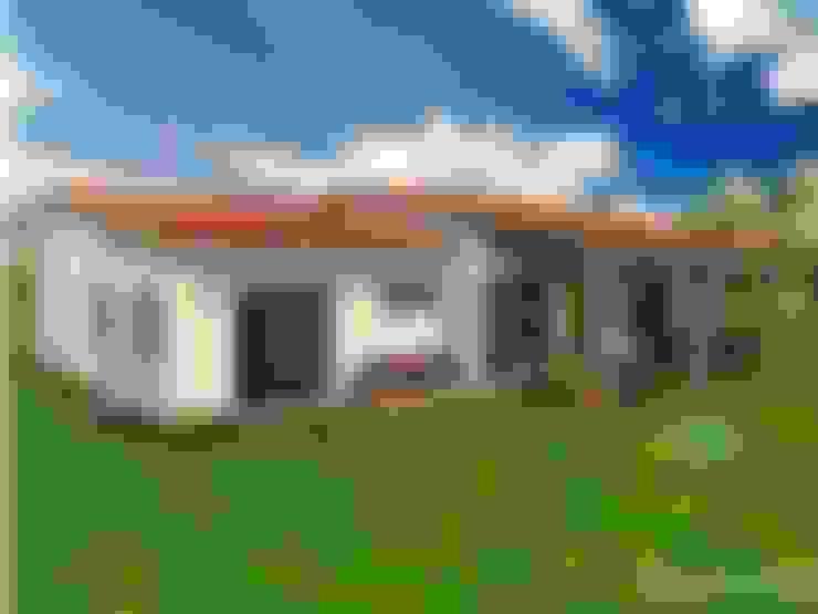 Huizen door YAMIL SOTOMAYOR ARQUITECTO