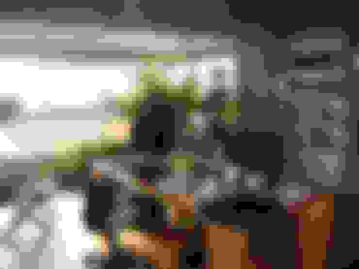 escritorio: Estudios y oficinas de estilo  por Hargain Oneto Arquitectas