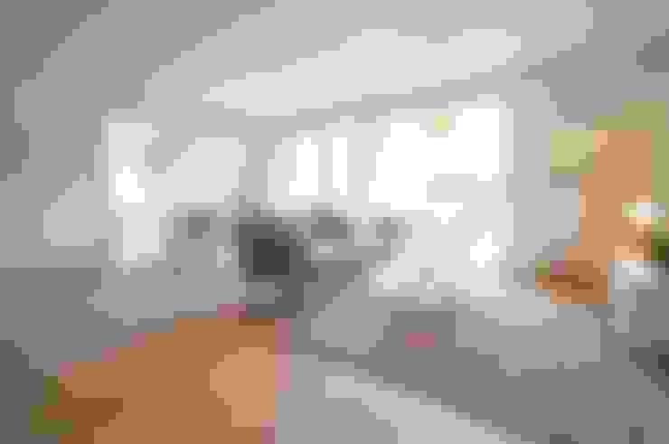 Salon de style  par Karin Armbrust - Home Staging