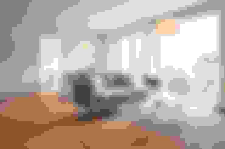 Soggiorno in stile  di Karin Armbrust - Home Staging