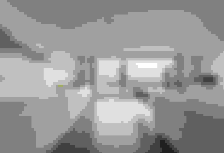 Cucina in stile  di BLK-Porto Arquitectura