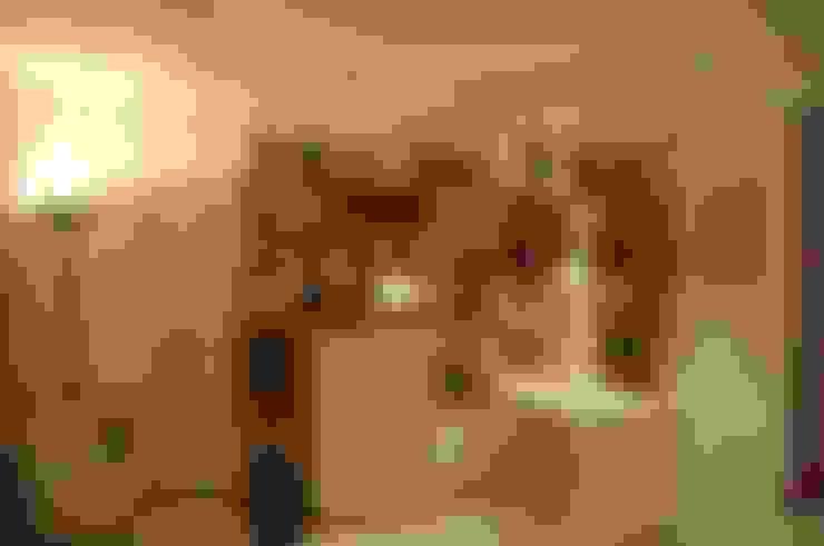 Спальни в . Автор – Emmilia Cardoso Designers Associados