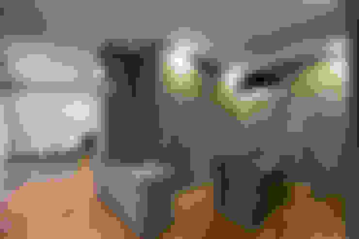 Dormitorios de estilo  por Chaney Architects