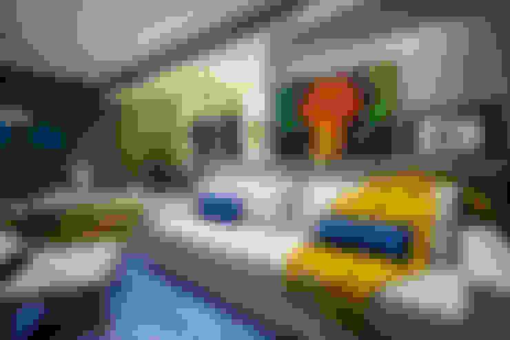Salas / recibidores de estilo  por Estúdio HL - Arquitetura e Interiores