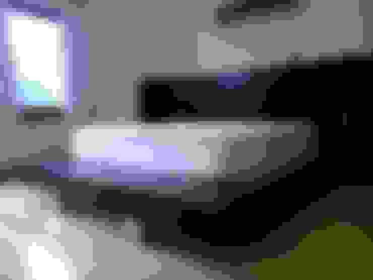 Bedroom by DRIS equipamiento