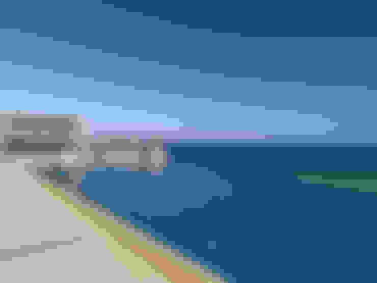 Vila Seacrest - Ilha de Paros - Ciclades - Grécia: Piscinas  por Carlos Eduardo de Lacerda Arquitetura e Planejamento