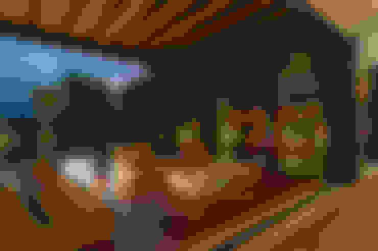 Balconies, verandas & terraces  by MAAD arquitectura y diseño