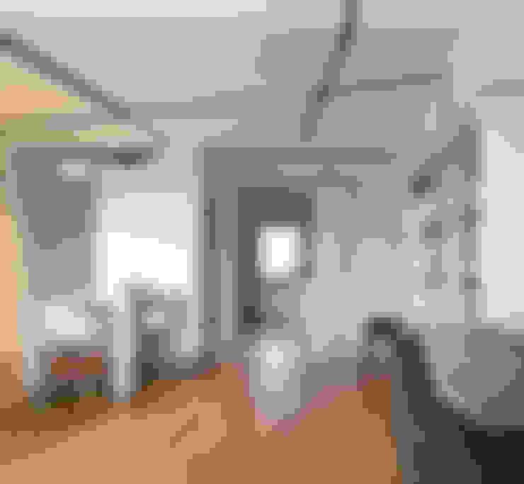 Projekt wnętrz mieszkania w budynku wielorodzinnym: styl , w kategorii Salon zaprojektowany przez AP2 Architekci