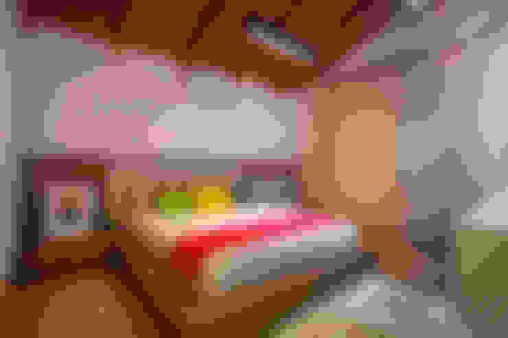 Chambre de style  par Cabral Arquitetura Ltda.