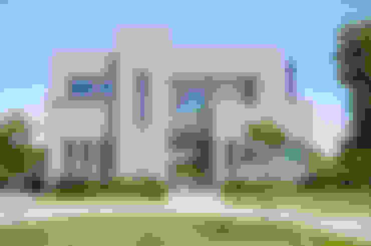 Casas de estilo  por Parrado Arquitectura