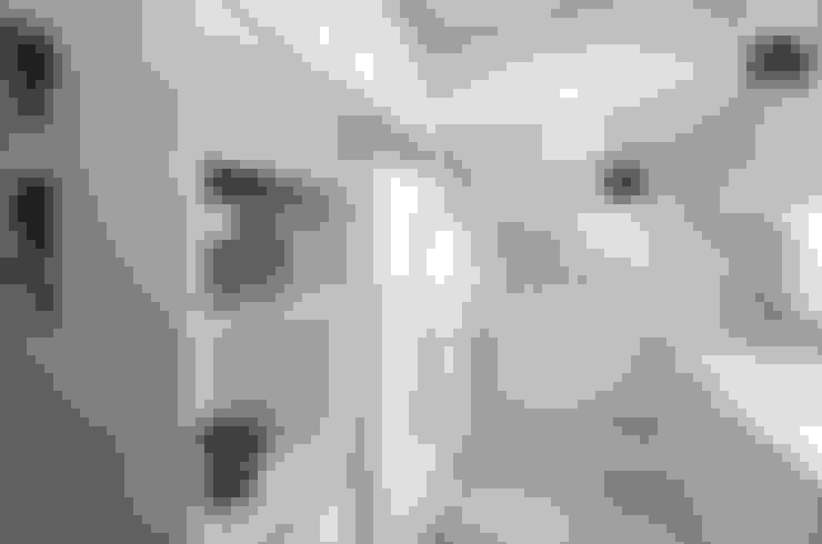 Kitchen 2:  Kitchen by home makers interior designers & decorators pvt. ltd.