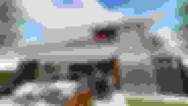 Casas de estilo  por Studio²