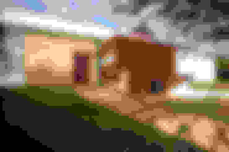 Residencia PG: Casas  por F:POLES ARQUITETOS ASSOCIADOS