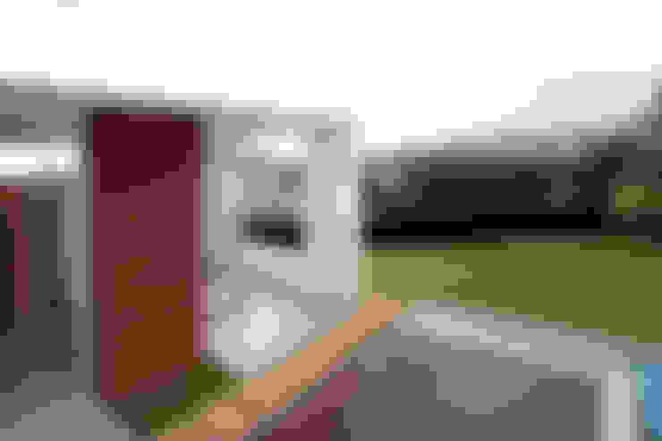Residencia PG: Terraços  por F:POLES ARQUITETOS ASSOCIADOS