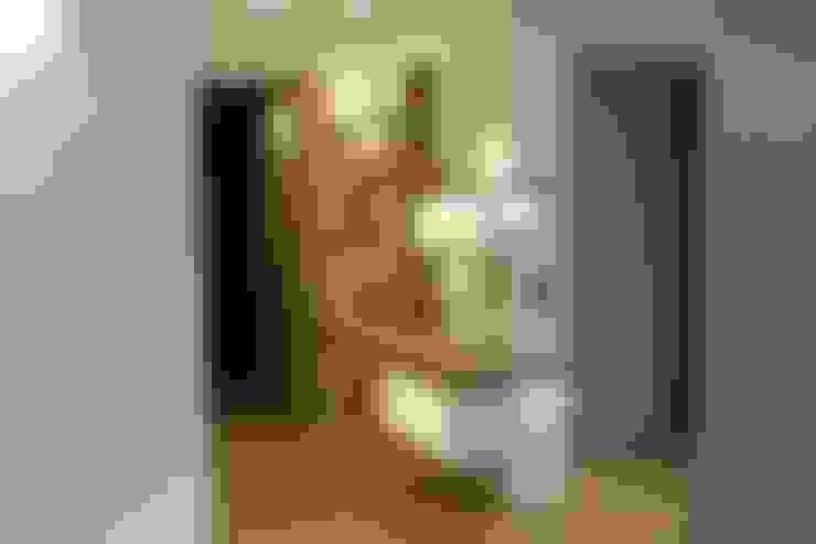 Pasillos y vestíbulos de estilo  de SA2L RENOVATIONS PRIVEES