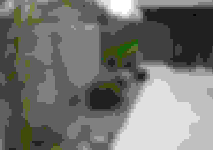 庭院 by Lugo - Architettura del Paesaggio e Progettazione Giardini