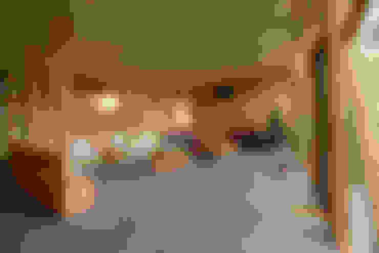 Biological Medical Center Waiting Room: Pasillos y hall de entrada de estilo  por PhilippeGameArquitectos