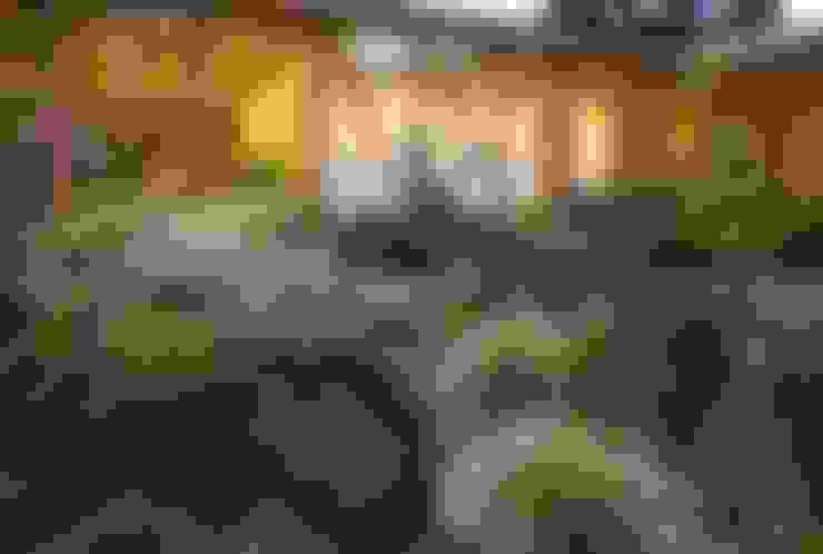 Biological Medical Center Garden: Jardines de estilo  por PhilippeGameArquitectos