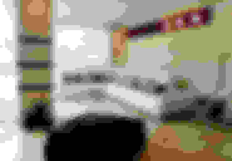 Pent House 505: Salas / recibidores de estilo  por Arq Renny Molina