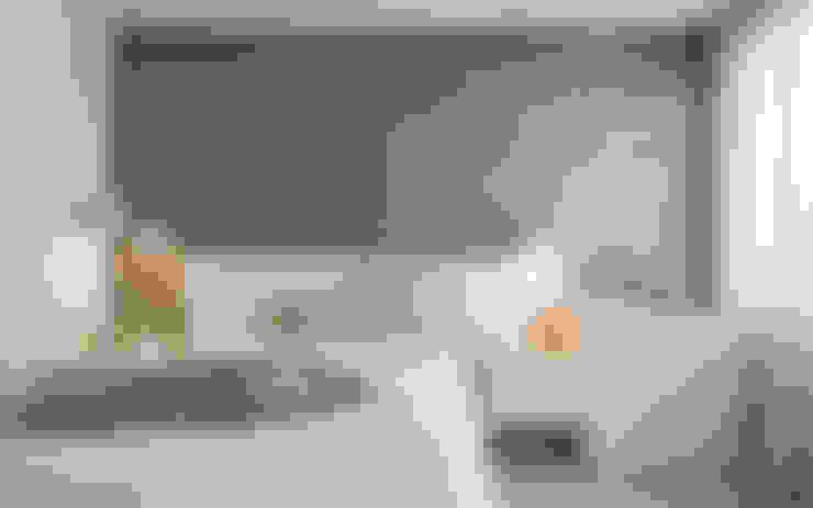 Dormitorios de estilo  por Laura Yerpes Estudio de Interiorismo