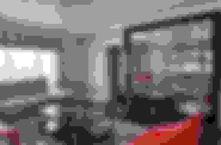 Aykuthall Architectural Interiors –  Sunflower Villa:  tarz Oturma Odası