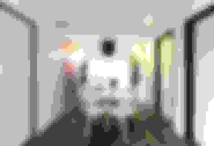 Comedor: Salas de estilo  por DOSA studio