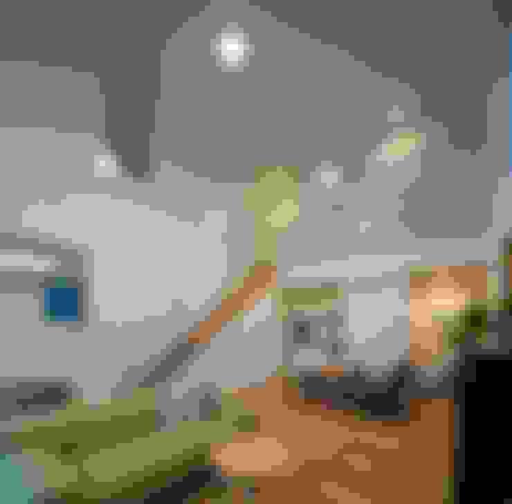 Salas de estilo  por Studio R1 Architects Office