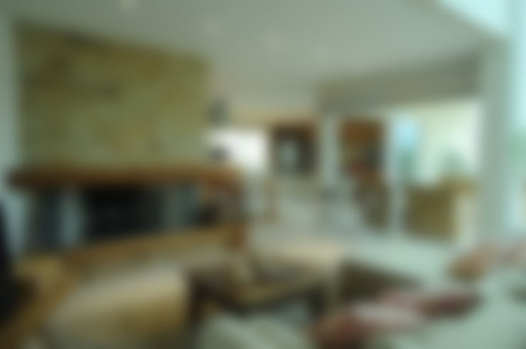 Casa Atlântida Ilhas Park: Salas de estar  por João Linck | Arquitetura