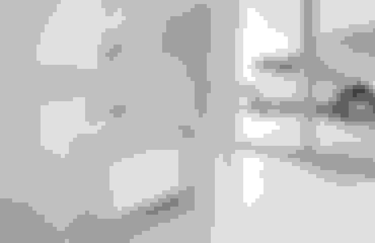 Banheiros  por CABRÉ I DÍAZ ARQUITECTES