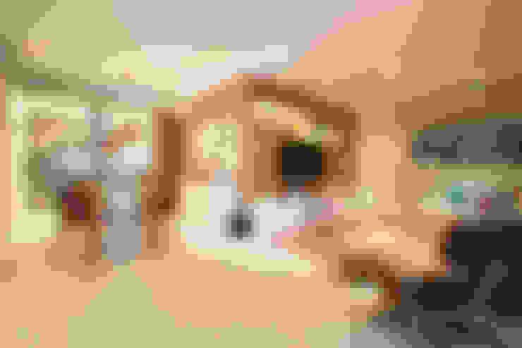Living / Home Theater / Jantar: Salas de estar  por Marcelo Bicudo Arquitetura