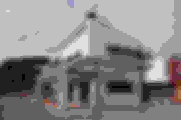 房子 by Atres Arquitectes