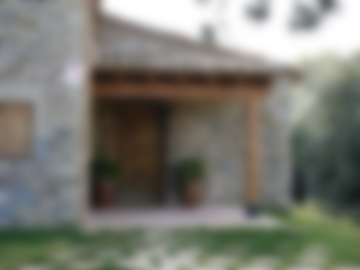 Construcción Masia Catalana: Casas de estilo  de Atres Arquitectes