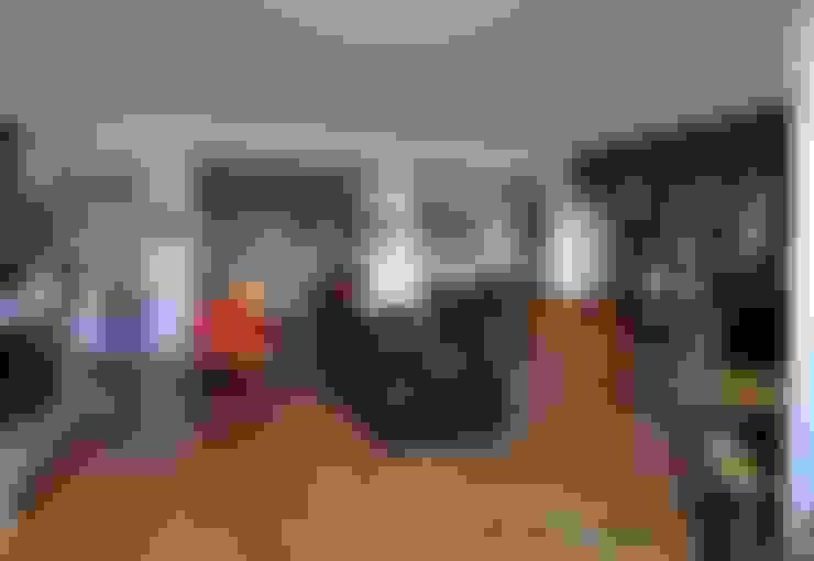 Salas de estar  por ARCHITETTO LAURA LISBO