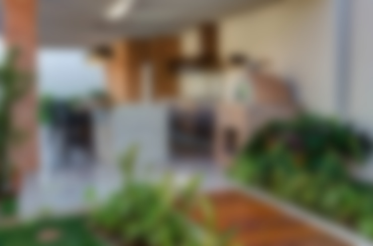 Terrasse de style  par BRAVIM ◘ RICCI ARQUITETURA