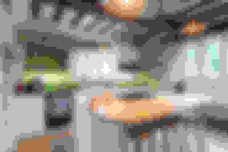 Sheffield Sustainable Kitchens:  tarz Mutfak