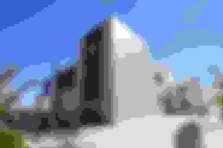 SARGRUP İNŞAAT VE ENERJİ LTD.ŞTİ. – VIROC KOMPOZİT ÇİMENTO CEPHE PANELLERİ:  tarz Evler