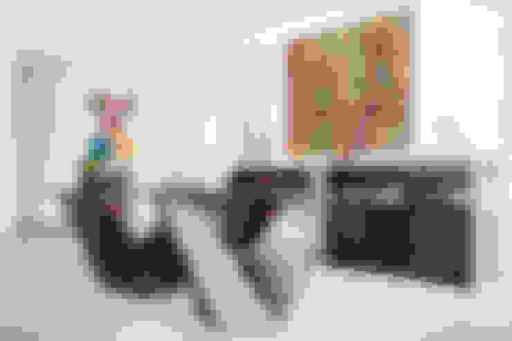 Diseño de mesa: Comedores de estilo  por Carughi Studio