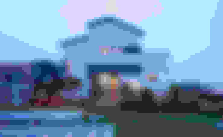 정면: 윤성하우징의  주택