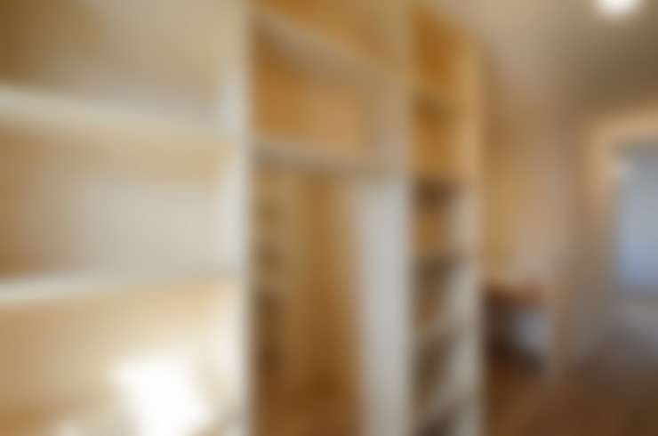 Salas multimedia de estilo  de バウムスタイルアーキテクト一級建築士事務所